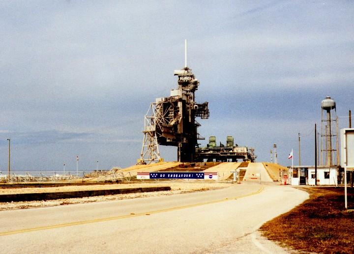 Transports de lanceurs... roues ou rails pourquoi autant de différence ? Pad-39a-Apollo11